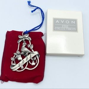 2001 Avon Collectibles Pewter Ornament